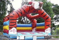 big_tiger.jpg 75k