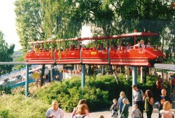 big_monorail.jpg 163k
