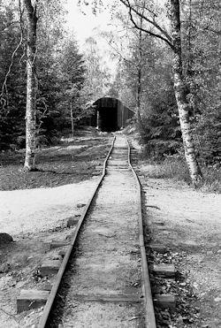 tunneli1_iso.jpg 198k