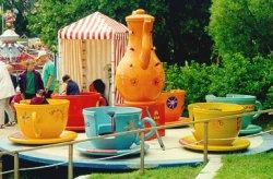 big_teacups.jpg 47k