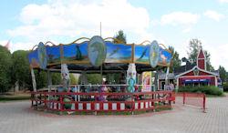carousel1_iso.jpg 19k