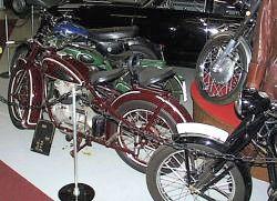 Moottoripyöriä